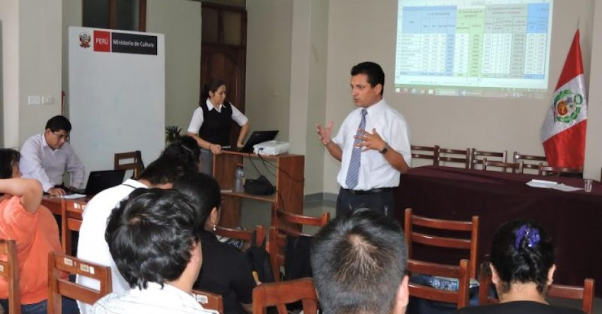 DRE San Martín se reunió con directores de UGEL para tratar temas de cumplimiento de recuperación de clases - www.dresanmartin.gob.pe