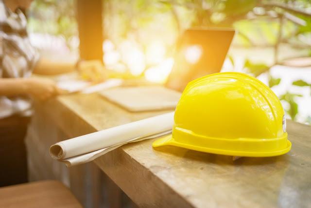 الاحتياطات وتدابير السلامة في موقع البناء