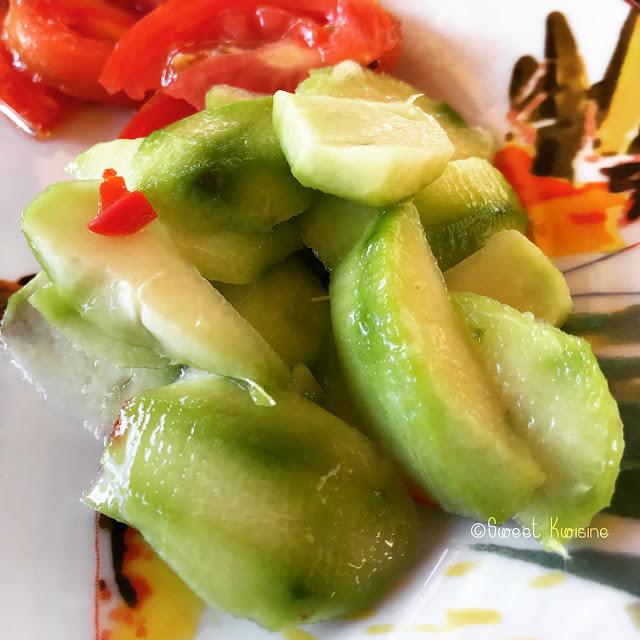 sweet kwisine, prune de cythère, souskay,piment, salade, cuisine antillaise, guadeloupe, martinique, cuisine créole, piment
