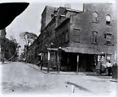 William Hineman Ran His Grocery From 20 Grove Street At The Southeast Corner Of Bedford Upstairs In Federal Style Former House Were Ed Rooms