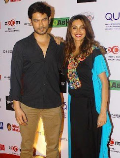 Shibani Dandekar Family Husband Son Daughter Father Mother Marriage Photos Biography Profile.