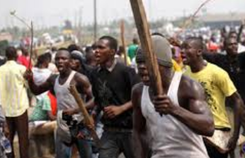 Hoodlums kill police man in Delta church