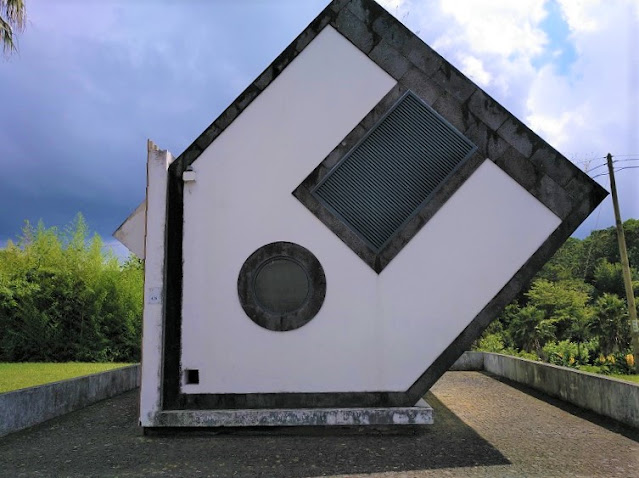 Casa Invertida en Furnas