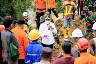 Gubernur Edy Rahmayadi Minta Evakuasi Korban Longsor di Kawasan PLTA Batangtori Dilakukan Secara Optimal dan Mengerahkan Seluruh Potensi