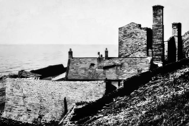 Saltom Pit With Cottage