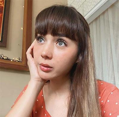 Raquel Katie Larkin Foto Terbaru
