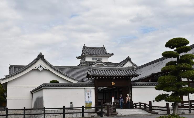 残っていた設計図から再現された関宿城に開設かれた博物館には、治水関連の歴史と資料が展示されています。