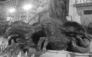 Chafariz com Esculturas de Cavalos, no Centro de São Paulo