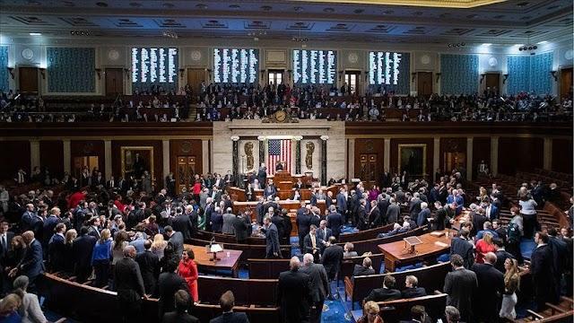 ABD Senatosu 1.9 trilyon dolarlık koronavirüs yardım paketini onayladı.
