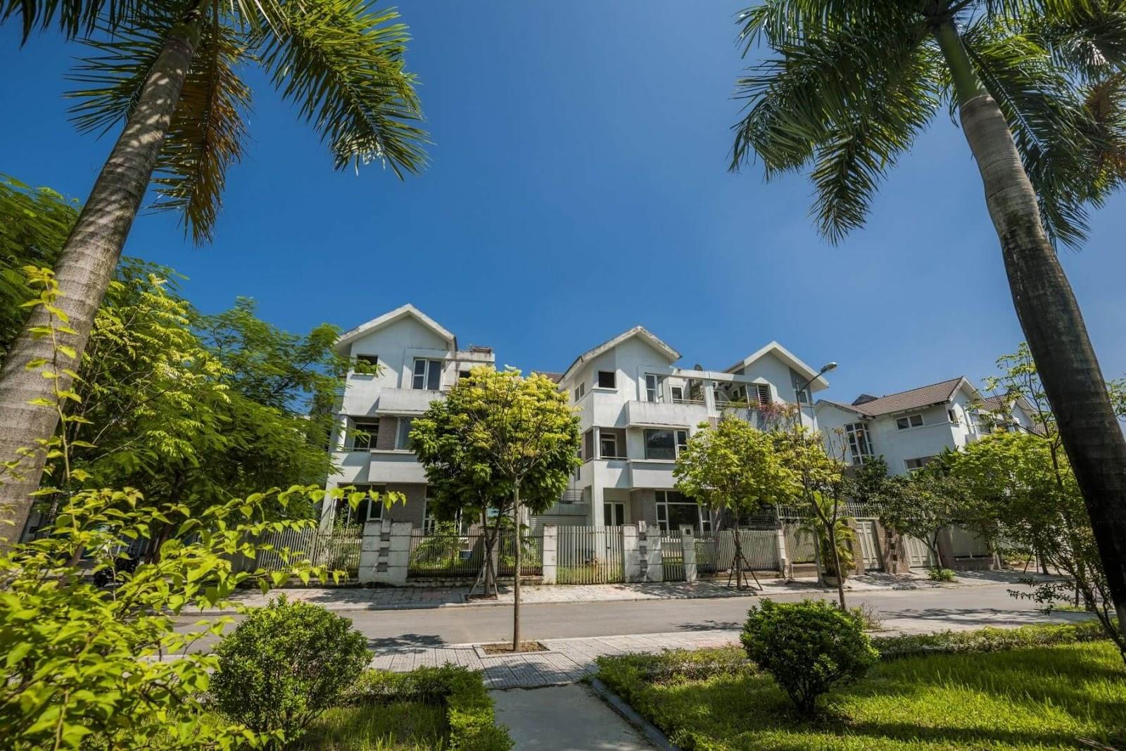 Một biệt thự tại Văn Phú Victoria.
