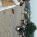 घोड़ासहन शब्जी बाजार में आवा जाही भीड़ भाड़ होने पर सभी लोगों को समझाते स्थानीय नेता :- श्री प्रभू नरायण