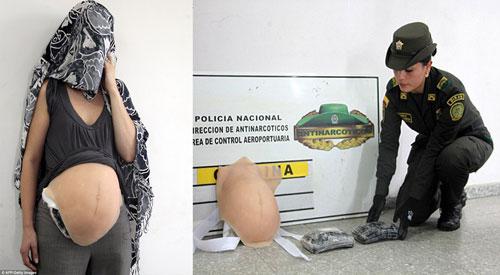 Wanita Selundupkan Kokain Di Payudara