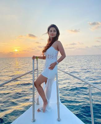 Beautiful Actress Adda Khan Hot Photos
