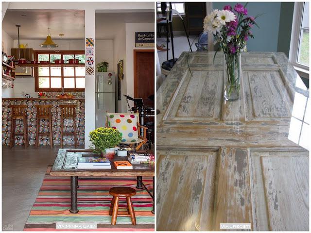 mesa feita de porta antiga