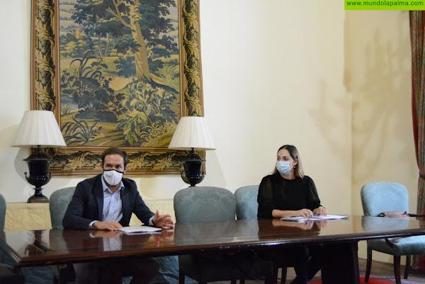 El Cabildo estrecha la colaboración con el colectivo 'SinRaboGato' para reforzar el control de esta planta invasora