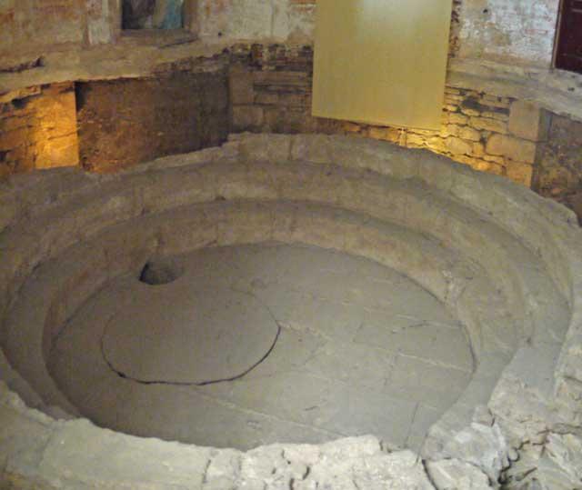 Termas Romanas (Roman Baths) in Evora