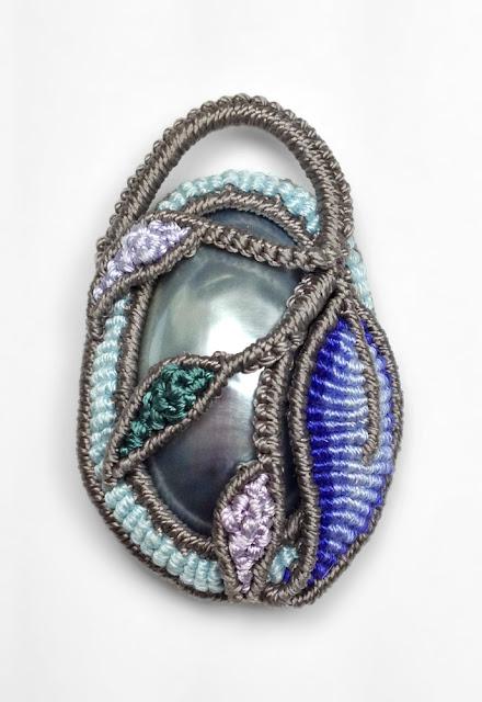 Cavandoli Knotting made with silk and nylon thread
