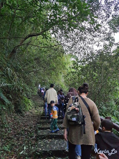 拉波波村營區大眾路線的藍線步道