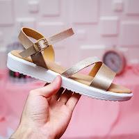 Sandale de vara frumose cu talpa moale aurii