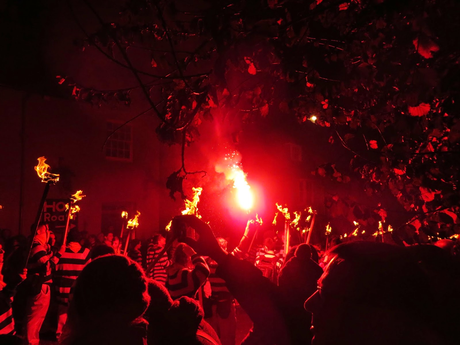 Lewes bonfire night, lewes bonfire procession, the fifth, 5th november, Guy Fawkes night, fire, torches, Lewes, Sussex, flaming torch, must do,
