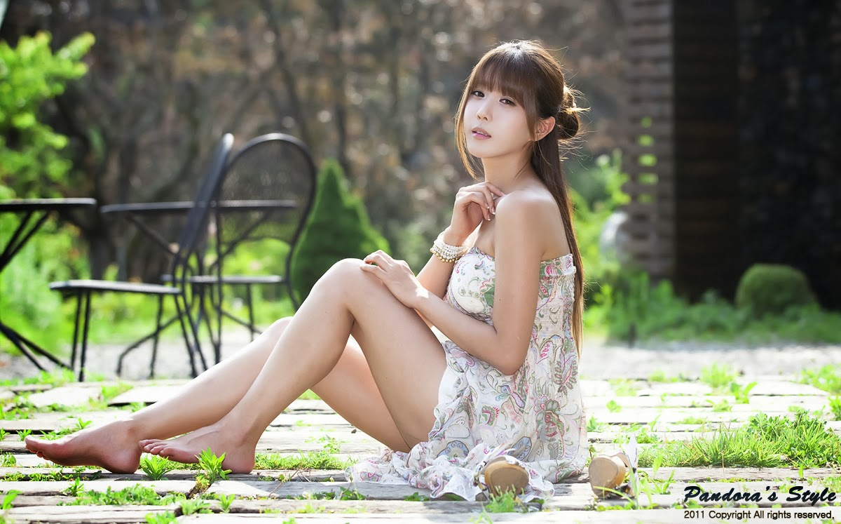 Charming Anime Flower Girl Wallpaper Cute And Beautiful Asian Girls Wallpapers Most Beautiful