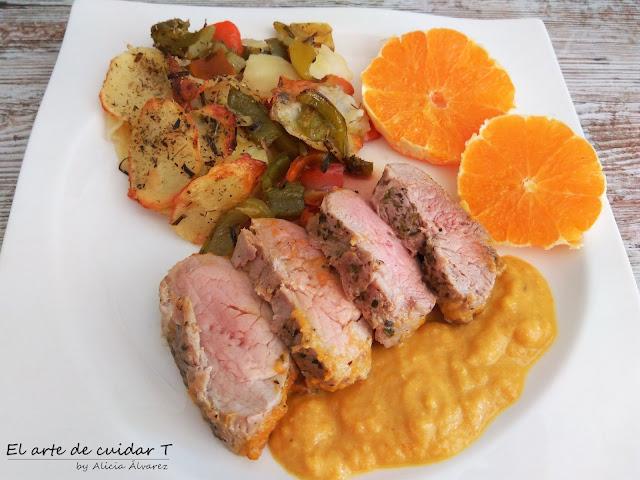 Exquisito solomillo con salsa de naranja y patatas panaderas sin gluten ni lactosa