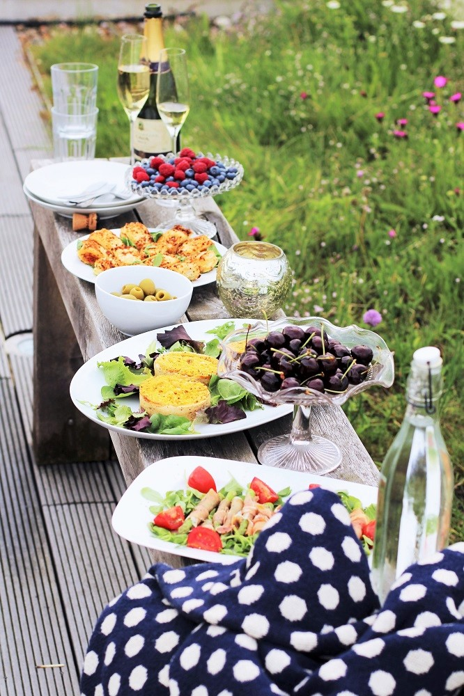 Rooftop picnic - London lifestyle blog