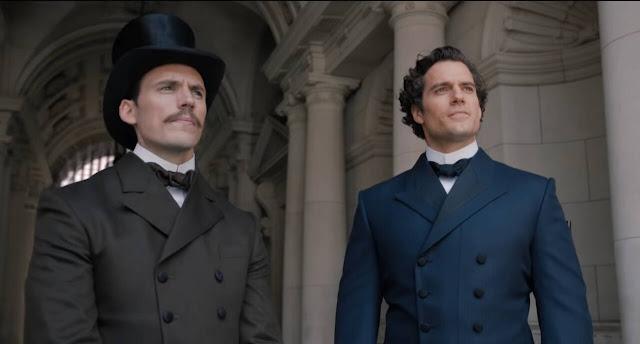 Mycroft (Sam Claflin) e Sherlock (Henry Cavill)