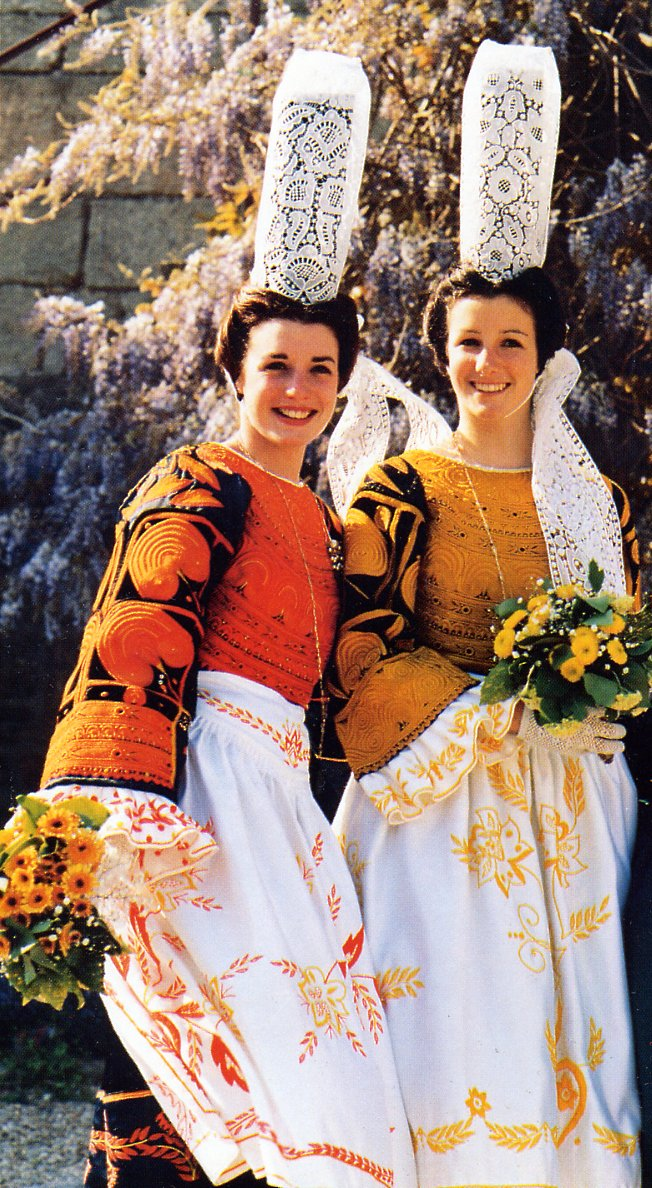 FolkCostume&Embroidery: Overview of the Costumes and ...