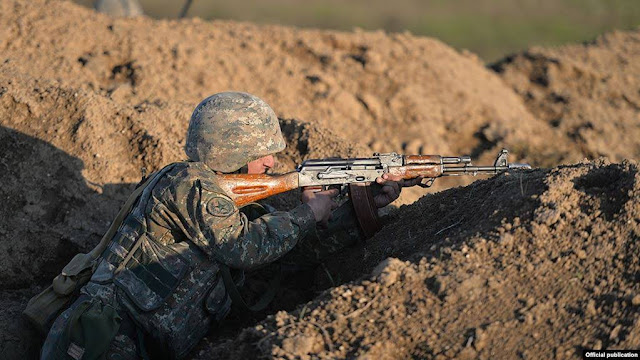 Armenio herido por francotirador de Azerbaiyán