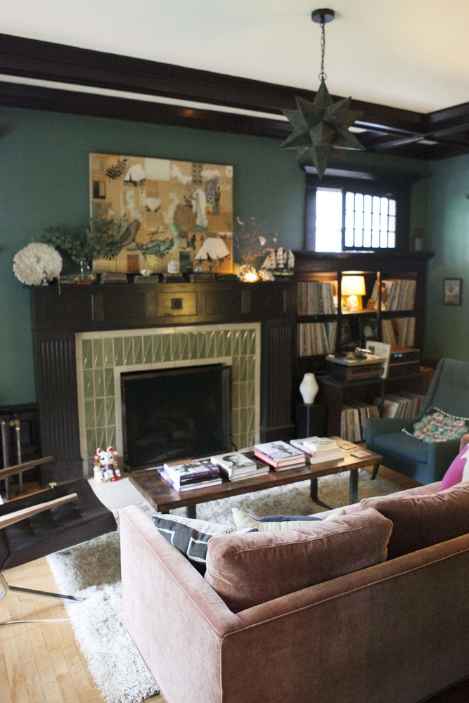 Vintage Décor In Period Rental Home Makes For Eclectic Boho Mix Stunning Rental Home Decor Painting