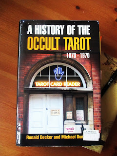 Historia del Tarot Oculto, Decker y Dummett