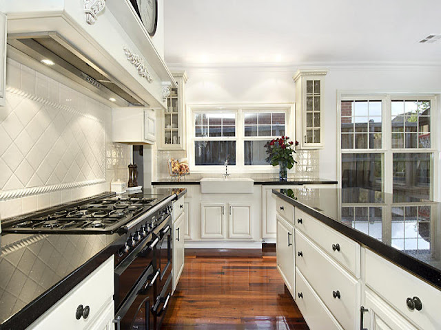 Contemporary and functional beautiful kitchen designs Contemporary and functional beautiful kitchen designs Small Galley Kitchen Design Photo Gallery
