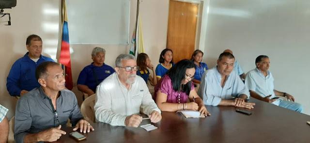 APURE: Guardia Nacional Bolivariana obliga a los docentes a buscar a los estudiantes en sus casas.