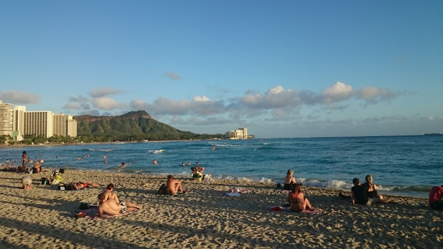 Hawaii - Waikiki Beach mit Diamond Head