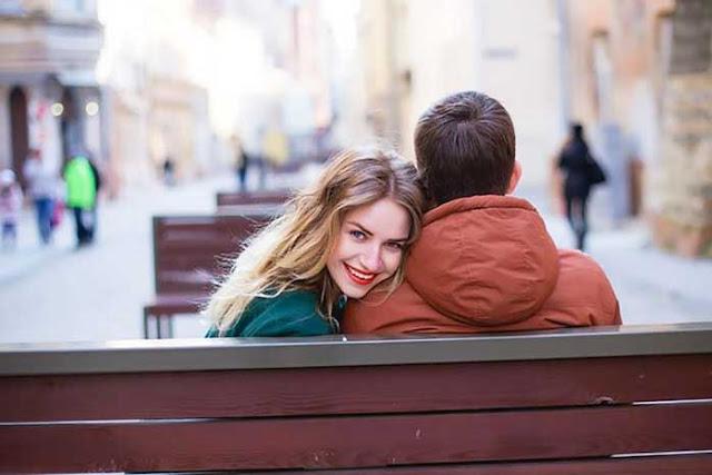 Каких парней любят девушки: плохих или хороших?