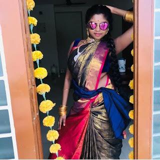 Actress Elakkiya Hot Videos - Pollathavan Songs