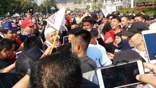 Gagal Paham! Politisi PKS, Deklarator #2019GantiPresiden Ini, Malah Pertanyakan Kecerdasan Presiden Jokowi Gara-gara Racun Kalajengking...