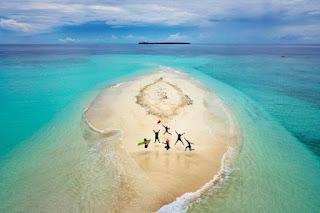 Paket Tour Wisata Morotai: Solusi Liburan Keluarga Anda