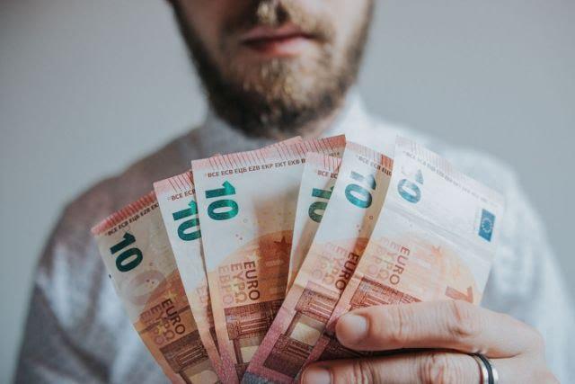 España, cuánto cobran las inmobiliarias en una venta