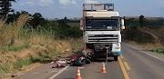 Motociclista morre após colisão frontal com carreta em Itinga do MA