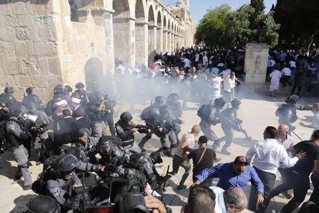 MUNDO: Policía israelí y palestinos se enfrentaron este  fin  de semana dejando 61 heridos en Jerusalén.