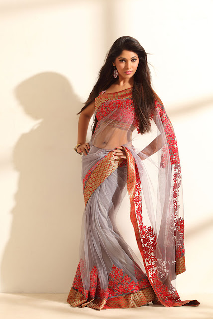 actress navel show pics