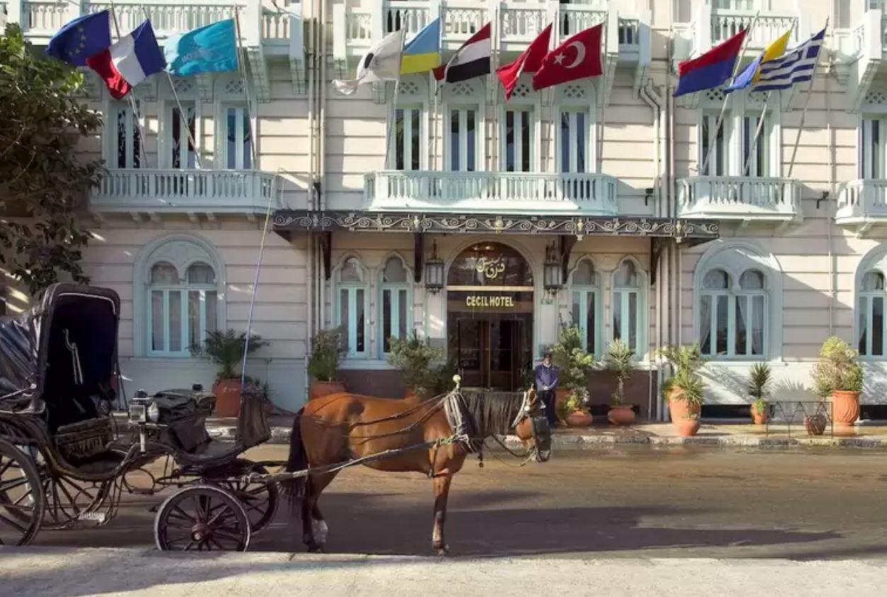 """فندق """"سيسيل"""" تحفة معمارية تطل على شاطئ """"الإسكندرية"""""""