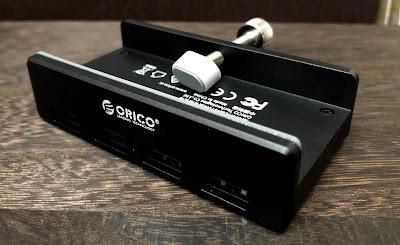 ORICO製のUSBハブ