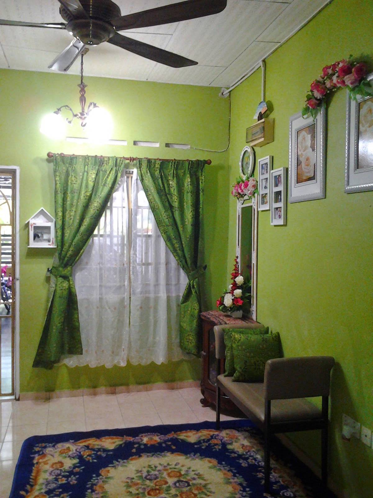 Contoh Ruang Tamu Cat Hijau Desain Interior Mungil 1 Home Decorations Gambar