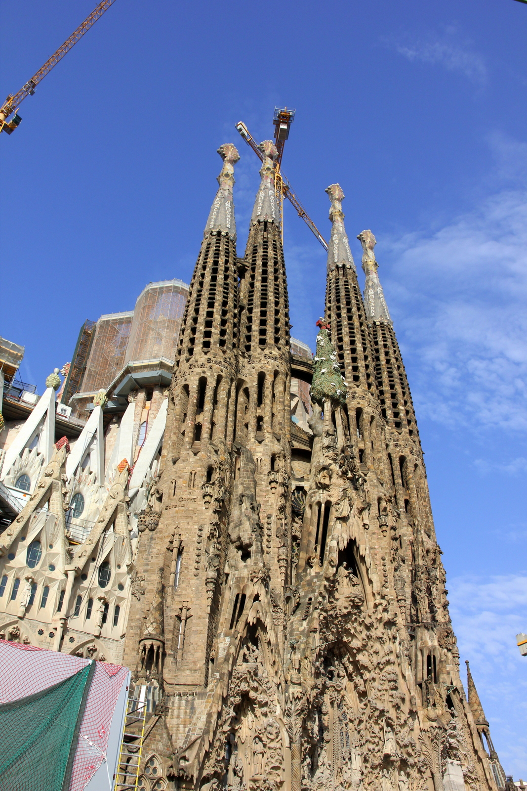 Famous Spanish Buildings Buildings In Barcelona Is