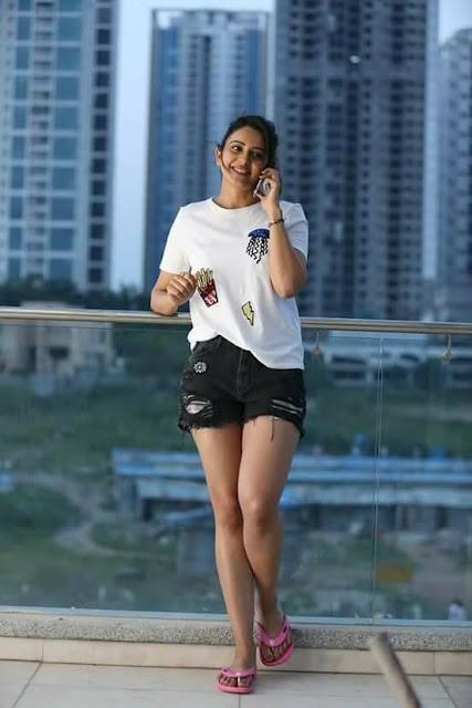 Rakul Preet Singh Latest Hot Stills from Winner Movie