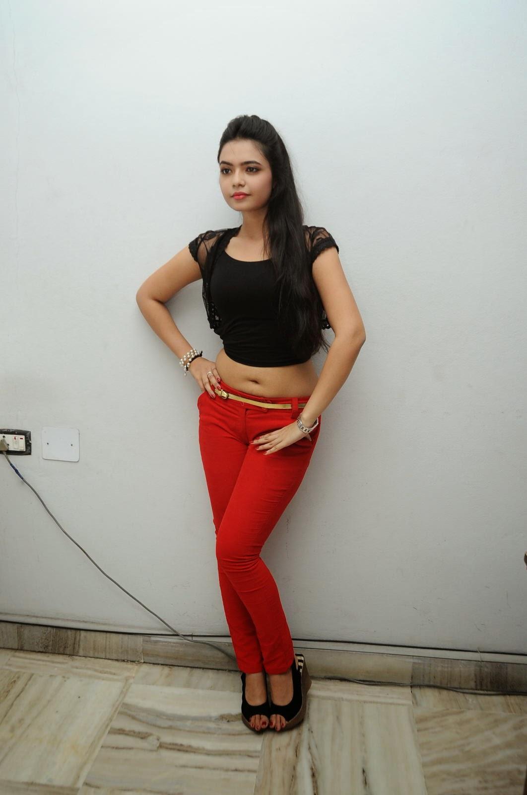 Young Actress Merina Photos at Veerudokkade audio-HQ-Photo-22