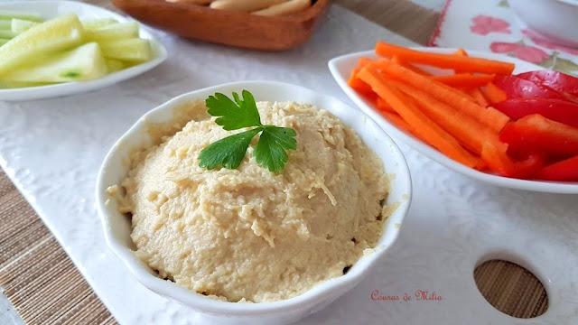 Hummus de alcachofa para el 'lunes sin carne'